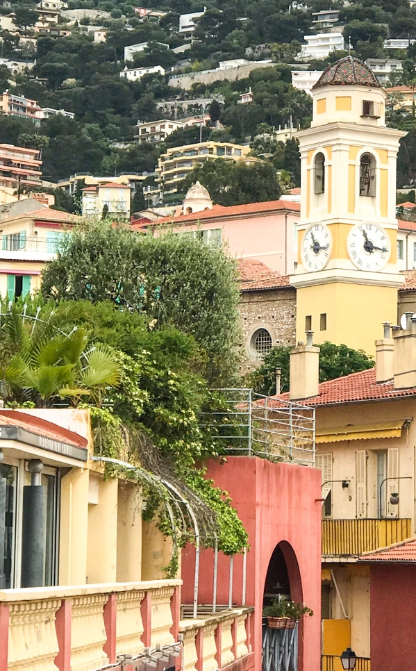 The colorful buildings of Villefranche.